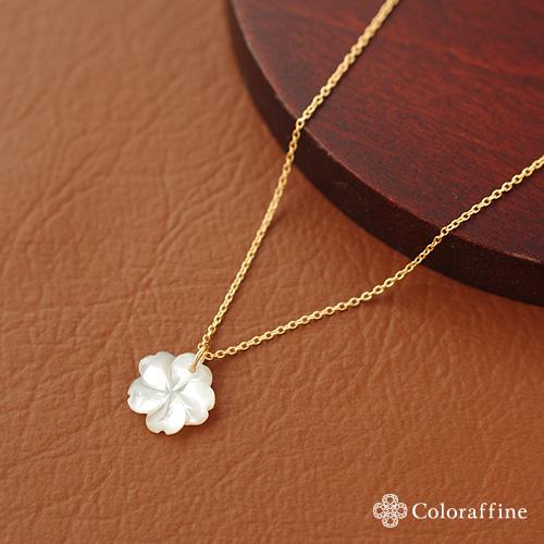 ホワイトシェルフラワーの一粒ネックレス